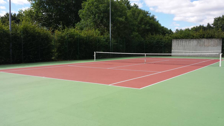 Courts extérieurs rénovés